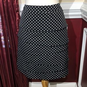WHBM Black and white polkadot tiered skirt size 4